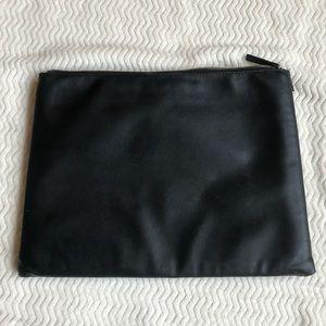 Zara Black Laptop Pouch Case